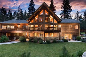 Sweet Sage Vacation Cabin Rentals :: A small but hand-picked collection of vacation rental homes, family lodges and cabins throughout the Bitterroot Valley. Some are mountaintop, some riverside.