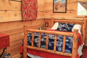 The Lodge at Paradise - luxury glamping tents :: A unique camping experience in the wilderness. Horseback to our camp in Idaho's high country to enjoy fishing, wildlife viewing, birding, luxury dining and elegant comfort.