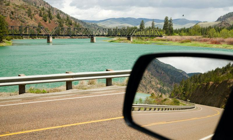 Scenic Drive along the Flathead River